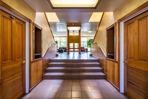 Interior_Lobby_Q5A9220-HDR.jpg
