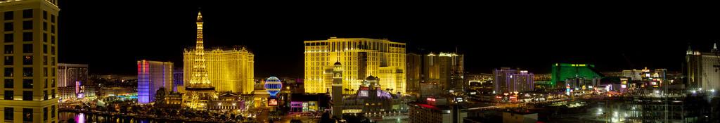 Las_Vegas_Strip_panorama.jpg